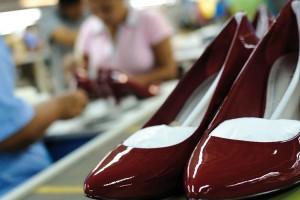 Acuerdo en la firma del convenio colectivo de calzado