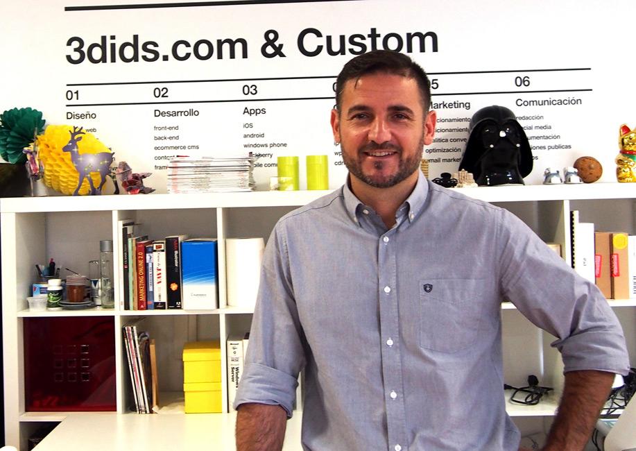 Andrés de España, fundador de 3dids.com