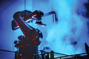 Adidas relocaliza y robotiza su producción de zapatillas