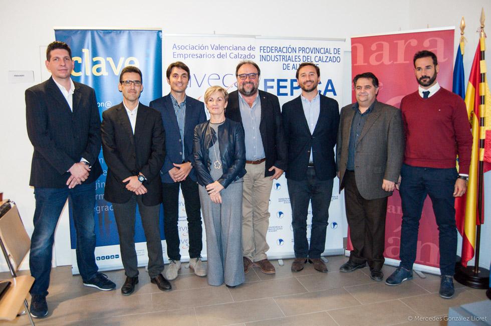 Participantes en el encuentro «Hacia la transformación digital en el sector de la moda y el calzado».