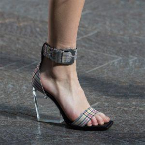 Versus Versace.