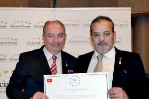 Manuel Abad recibe la Medalla al Mérito del Trabajo