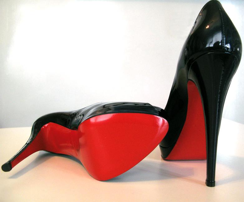 zapatos suela roja louboutin precios