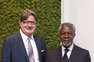 Kofi Annan se une al comité de ética de Geox
