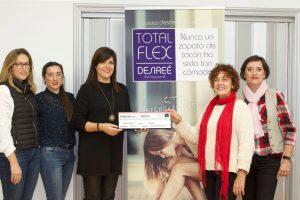 Desireé dona un 1% de sus ventas para luchar contra el cáncer de mama
