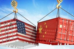 EE.UU. subirá un 25 por ciento los aranceles al calzado made in China