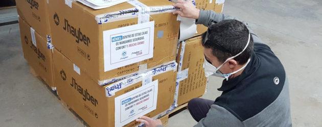 J´hayber dona 850 pares al hospital de Ifema