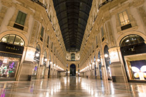 El 20% de las tiendas de calzado y vestido desaparecerán de los cascos históricos de Italia en 2021
