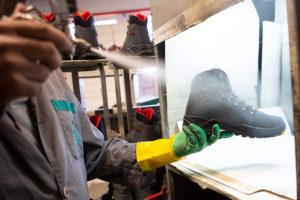 TECNAN irrumpe en el sector del calzado con sus hidrófugos ecosostenibles a medida